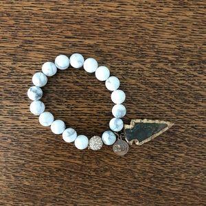 Kinsley Armelle Arrowhead Bracelet